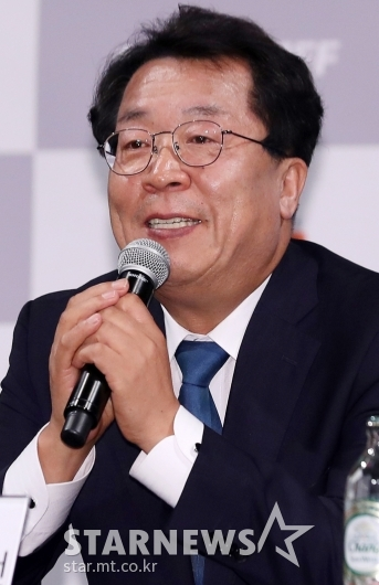 [★포토]인사말하는 이상천 조직위원장