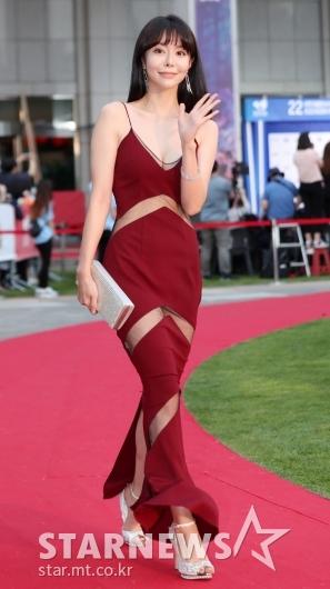 [★포토]레이, '아찔한 부분 시스루 드레스'