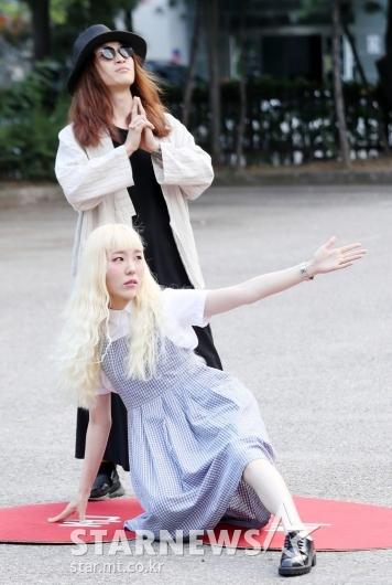 [★포토]신현희와 김루트, '오늘도 코믹한 포즈'