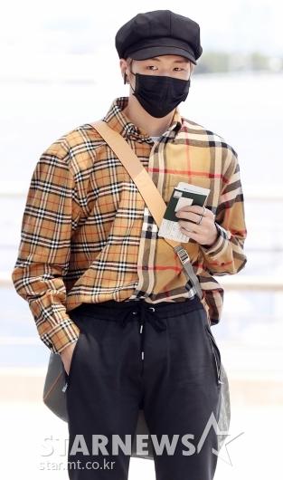 [★포토]강다니엘, '폭염에 가을 패션'