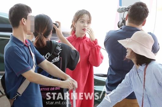 [★포토]김소현, '여행객 시선 붙잡는 미모'