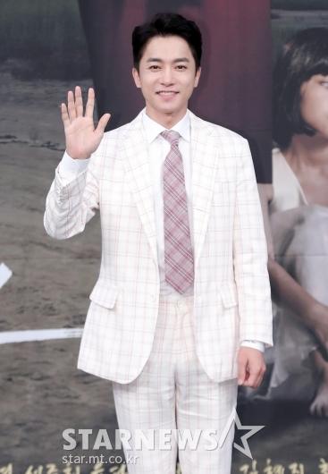 [★포토]김영민, '내가 바로 동안 미남'