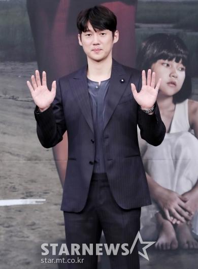 [★포토]송창의, '반갑게 인사'