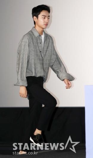 [★포토]성유빈, '떨리는 발걸음'