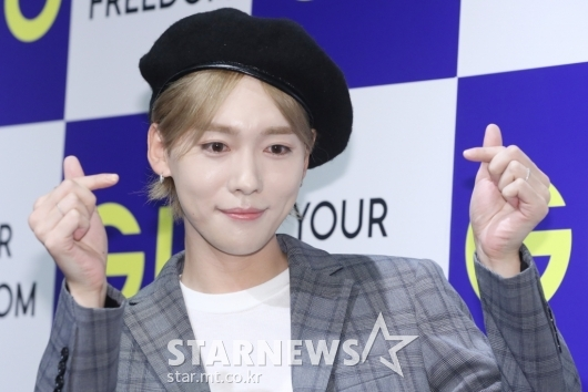 [★포토]김진우, 애교 넘치는 하트