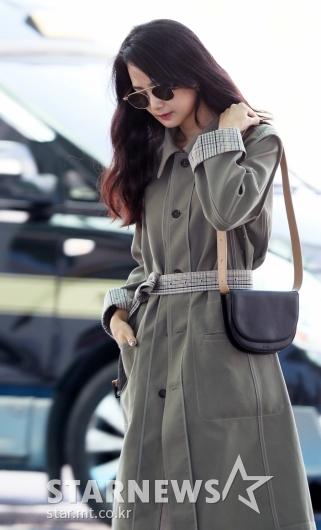 [★포토]윤승아, '공항에서 미리 찍는 화보'