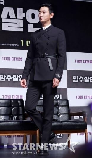 [★포토]주지훈, '우월한 모델핏으로 등장'