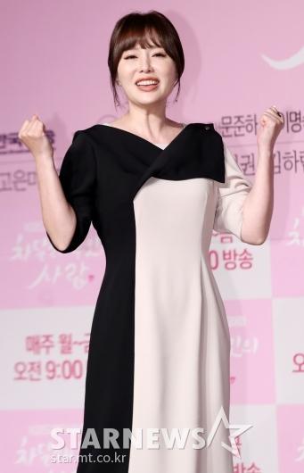 [★포토]하희라, '오랜만의 복귀에 넘치는 열정'