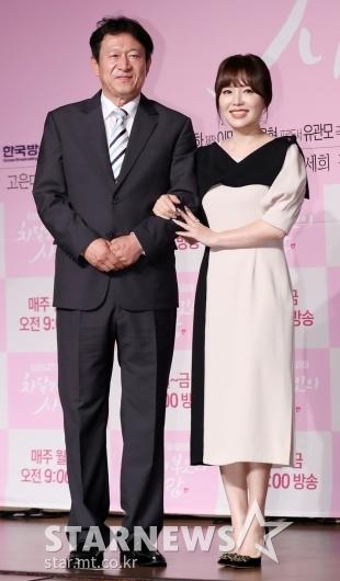 [★포토]김응수-하희라, '극 중 띠동갑 부부'