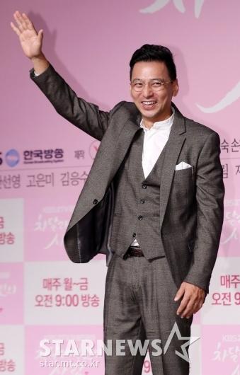 [★포토]김형범, '유쾌한 포즈'