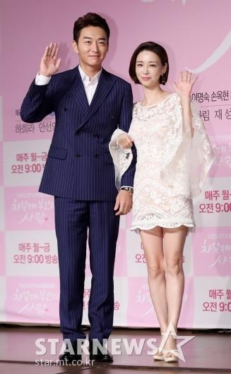 [★포토]정욱-고은미, '세련된 커플'
