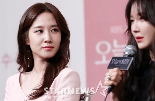 [★포토]박은빈, '말하는 이지아 빤히'