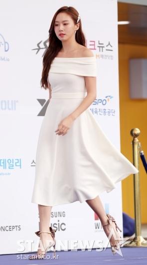 [★포토]고성희, '바람에 드레스가 샤랄라'