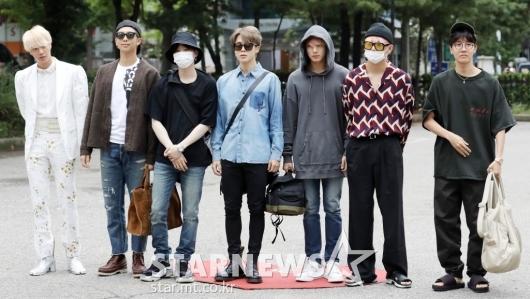 [★포토]방탄소년단, '월드스타들의 출근길 패션'