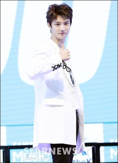 [★포토]큐, '더보이즈 최고'
