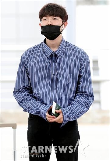 [★포토]김재환, '마스크는 입만 가려요'