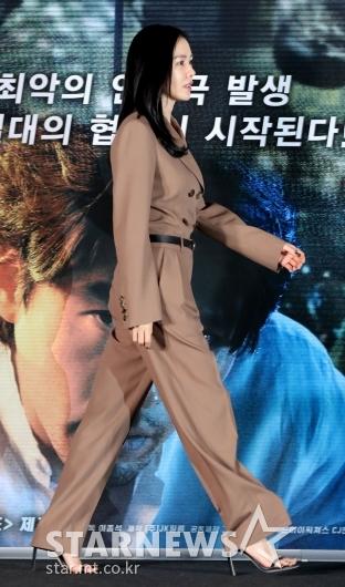 [★포토]손예진, '영화로 돌아왔어요'