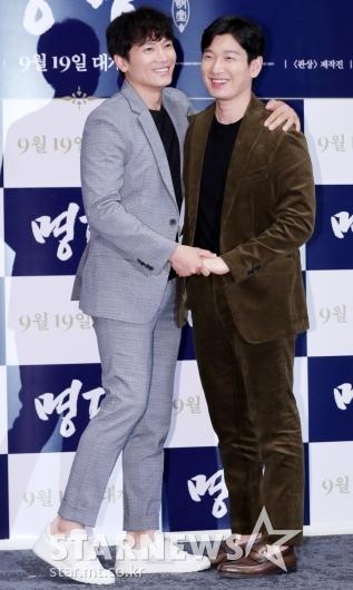 [★포토]지성-조승우, '훈훈한 브로맨스 케미'