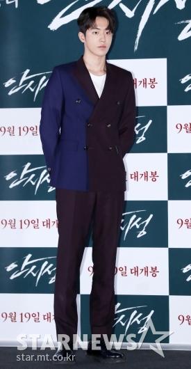 [★포토]남주혁, '완벽한 수트 핏'