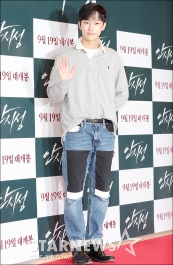 [★포토]진영, '아이돌 패션의 정석'