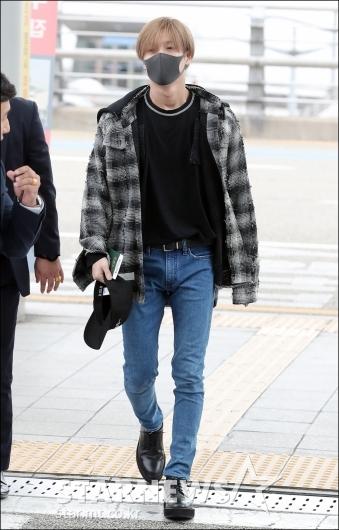 [★포토]태민, '멤버들 없이 홀로 출국'