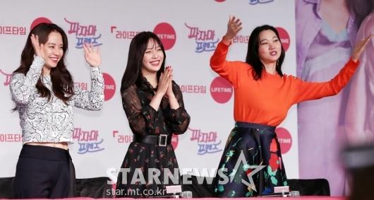 [★포토]송지효-조이-장윤주, '흥 넘치는 파자마 프렌즈'