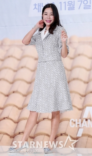 [★포토]이혜영, '화려한 반짝이 패션'