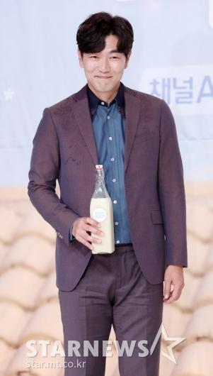 [★포토]이종혁, '술을 사랑하는 남자'
