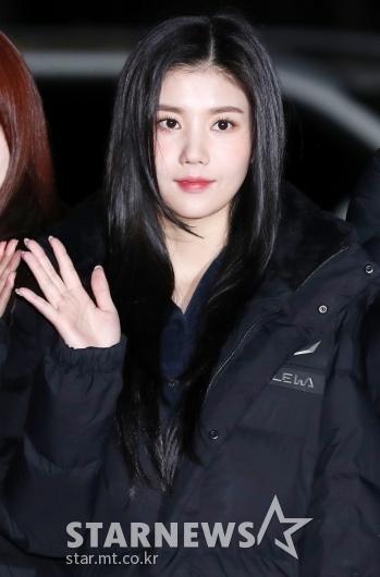 [★포토] 권은비, '흑발 찰떡소화'