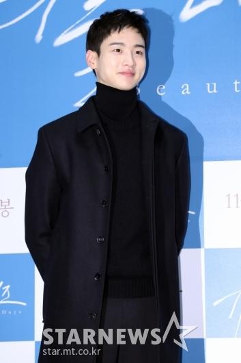 [★포토]장동윤, '데뷔 첫 주연 작품입니다'