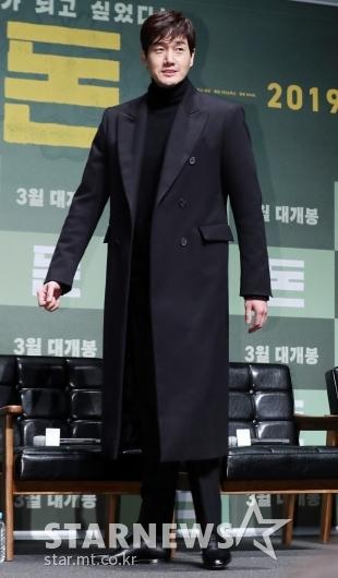 [★포토]유지태, '남다른 코트 핏'