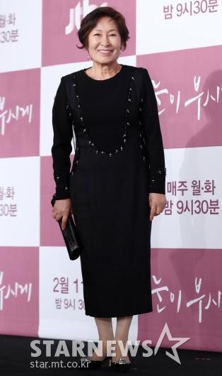 [★포토]김혜자, '3년만의 브라운관 복귀'