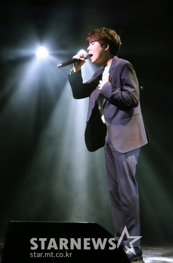 [★포토]정승환, '믿고 듣는 목소리'