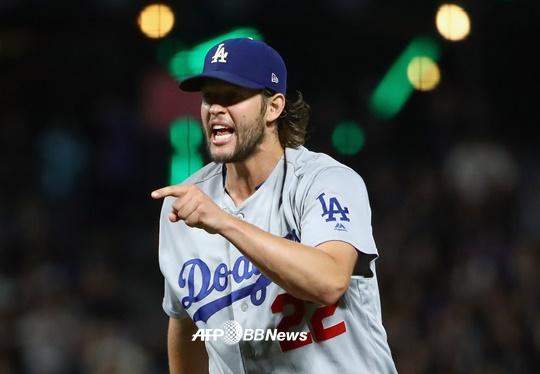 [장윤호의 MLB산책] '철벽 불펜'..다저스가 달라졌어요