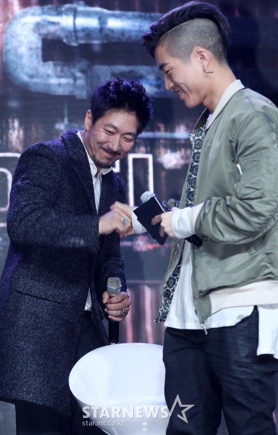 타이거JK(왼쪽), 주노플로 /사진=김휘선 기자