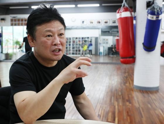 """[김재동의 만남] 유명우 """"목숨 걸고 올랐던 링, 돌아온 건..필연!"""""""