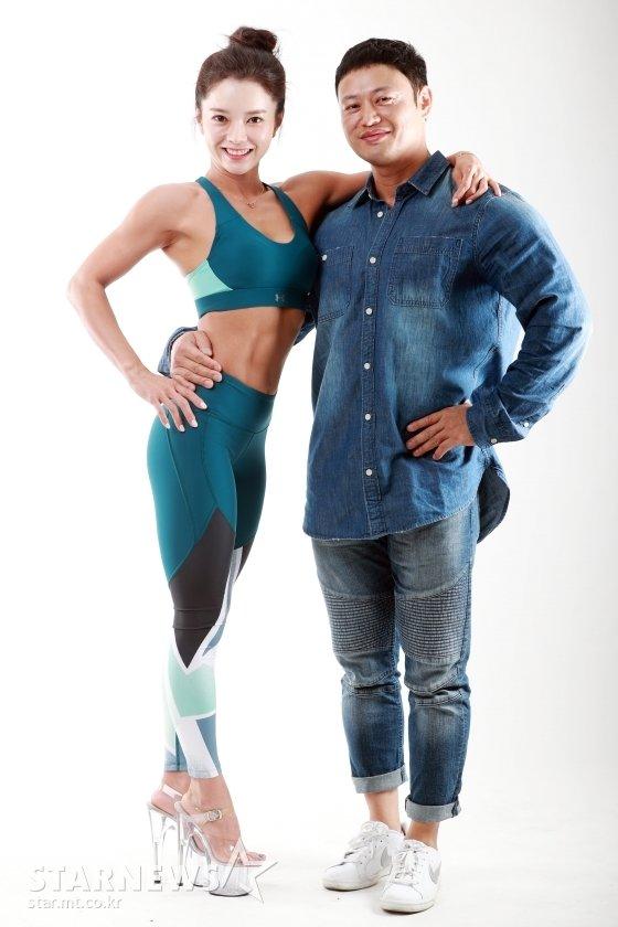 양치승 관장(오른쪽)과 그의 제자 배우 최은주 /사진=임성균 기자