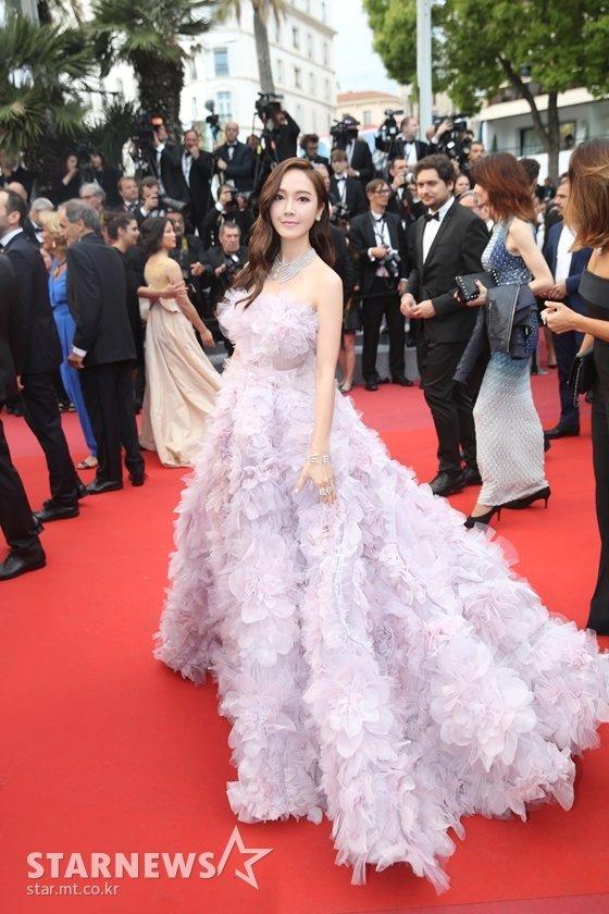 영화 \'한 솔로:스타워즈 스토리\' 공식상영 레드카펫 행사에 참석한 제시카 / 사진제공=Zhang Zie photographer