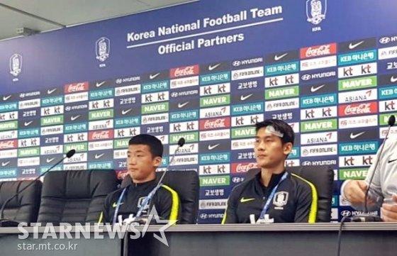 14일 기자회견에 참석한 김민우(좌)와 이용 /사진=김우종 기자