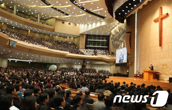 기독교계 원로 김동호 목사가 명성교회 세습 논란에 대해 강한 비판을 가했다. / 사진=뉴스1