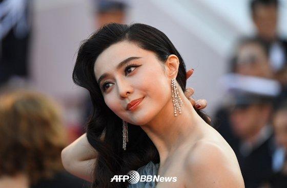망명설 감금설에 이은 중국 미녀 톱스타 판빙빙의 관련 의혹이 끊이지 않고 있다. /AFPBBNews=뉴스1