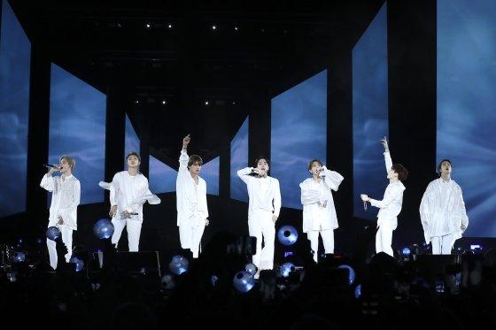 방탄소년단 뉴욕 시티필드 공연