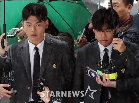 (왼쪽부터) 더 이스트라이트 멤버 이석철, 이승현 /사진=김창현 기자