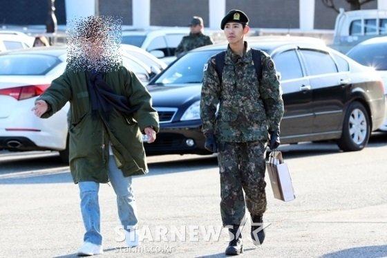 광희 매니저 유모씨(왼쪽)와 광희/사진=스타뉴스