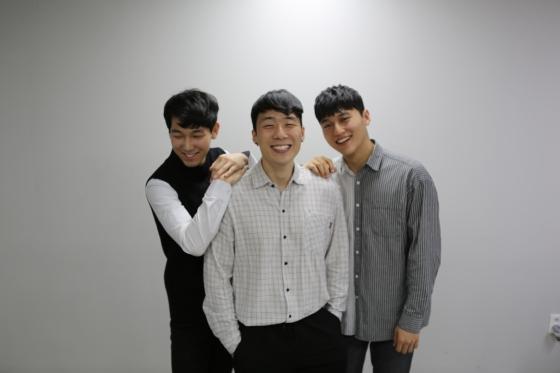 (왼쪽부터) 보컬그룹 네이브로 멤버 김성한, 정원보, 주재우 /사진제공=무브먼트제네레이션