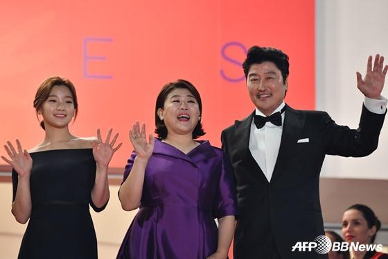 배우 박소담, 이정은, 송강호(왼쪽부터) /AFPBBNews=뉴스1