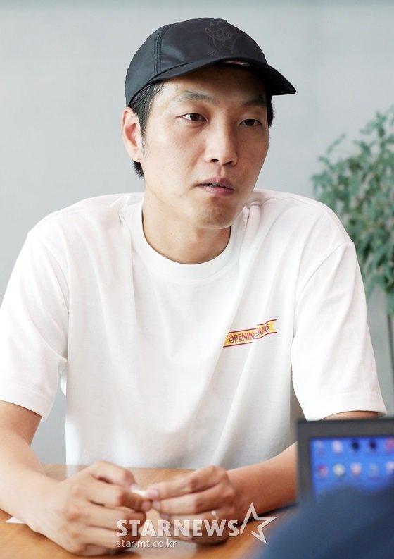 SBS 예능 프로그램 \'불타는 청춘\' 연출을 맡고 있는 이승훈PD /사진=김창현 기자