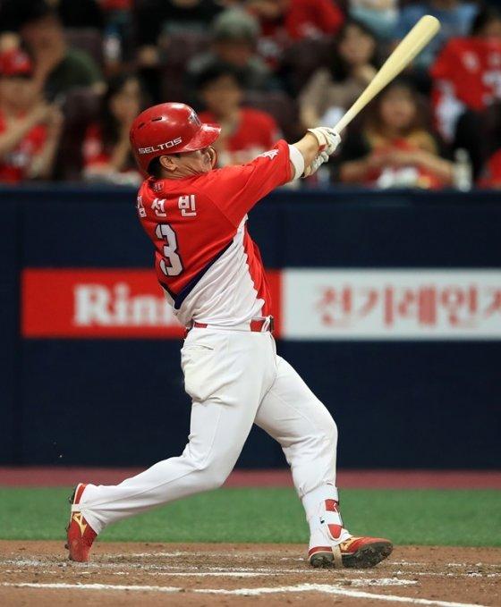투런 홈런 포함 2안타 2타점을 만든 김선빈. /사진=KIA 타이거즈 제공
