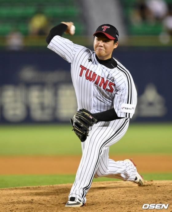 21일 잠실 KIA전에서 두 번째 투수로 올라와 호투를 펼친 김대현.