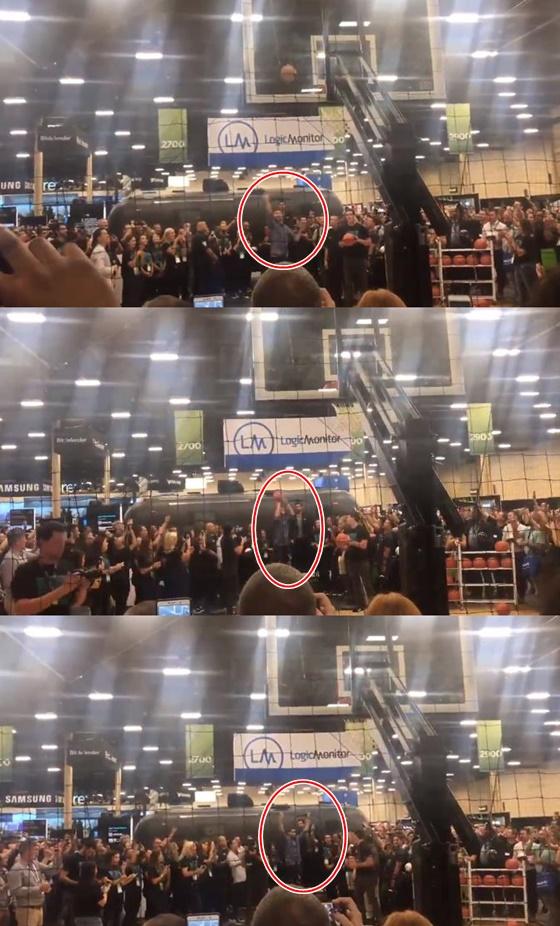클레이 탐슨(빨간색 원)의 점프슛 장면. /사진=트위터 캡처